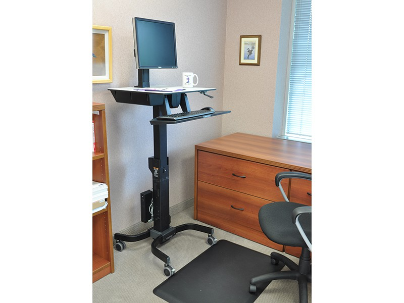 ergotron workfit c steh sitz arbeitsplatz single ld 24 215 085. Black Bedroom Furniture Sets. Home Design Ideas
